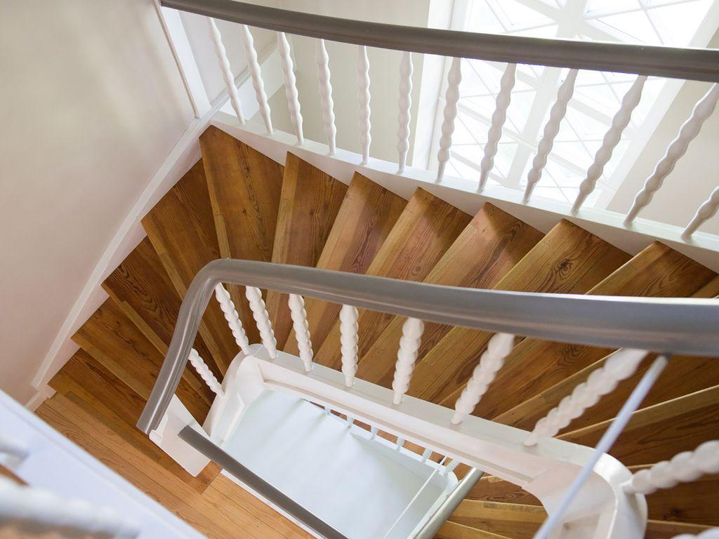 Restaurierung Treppenhaus.